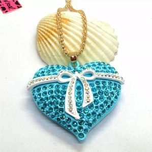 NWT Betsey Johnson Bow & Heart Sweater Necklace